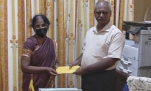 கல்லூரி மைதானத்தை பராமரித்தலுக்கான நிதி அன்பளிப்பு
